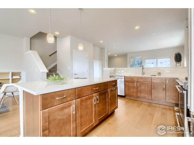 1004 Maria Ln, Louisville, CO 80027 (MLS #919611) :: 8z Real Estate