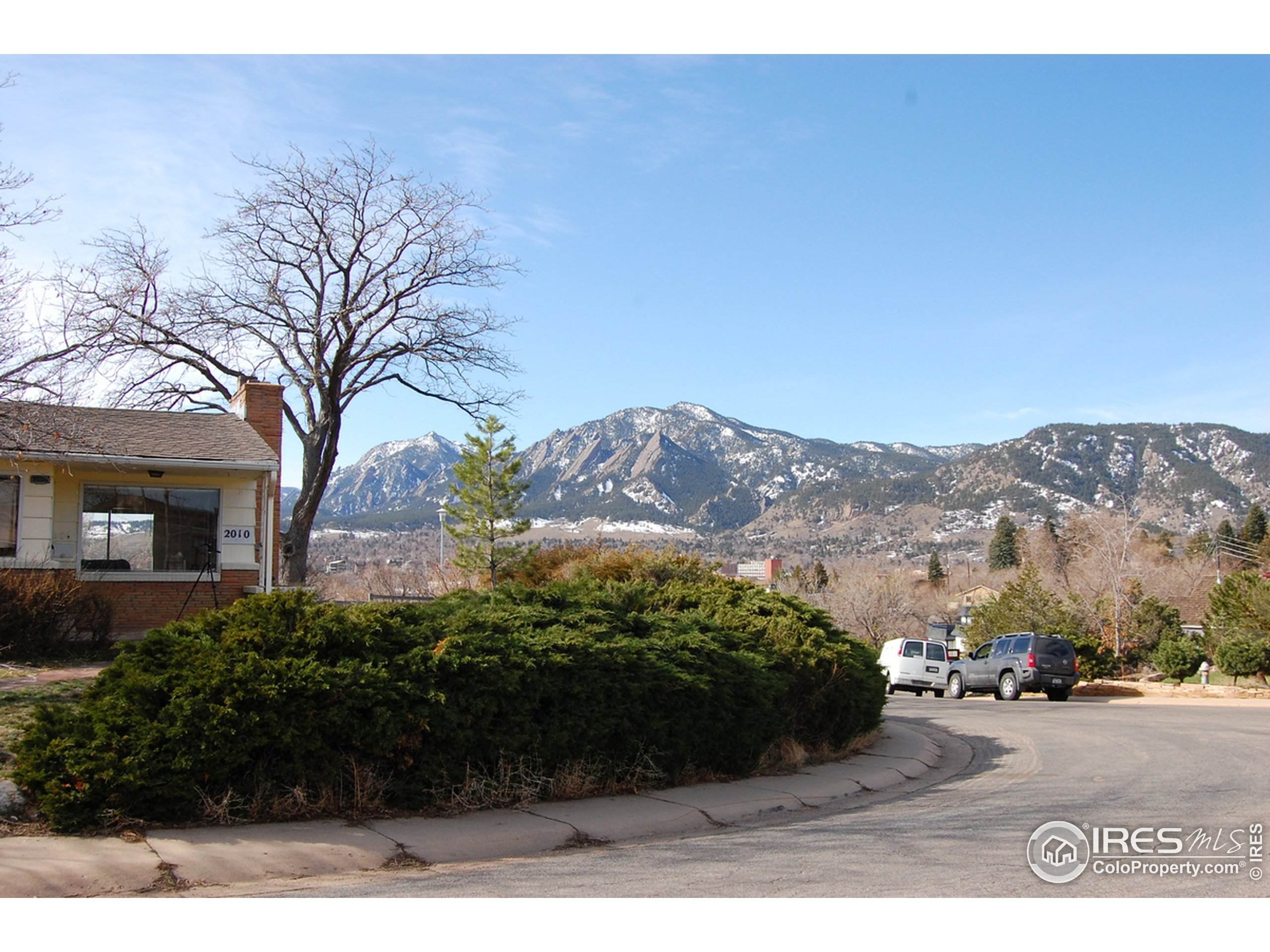8722 Wild Horse Way, Frederick, CO 80504 (MLS #925203) :: Kittle Real Estate