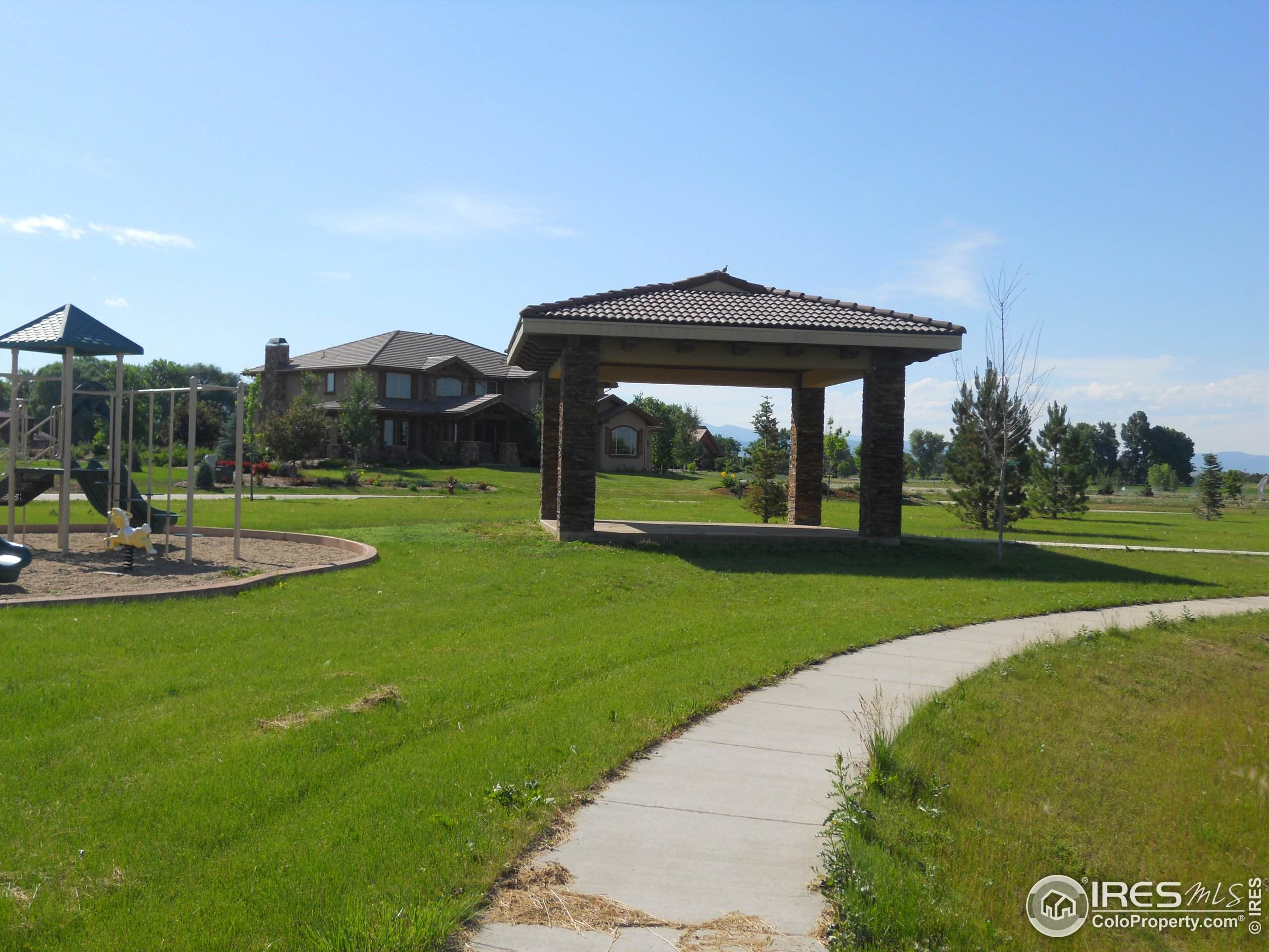 1305 Carlene Dr, Loveland, CO 80537 (#925392) :: James Crocker Team