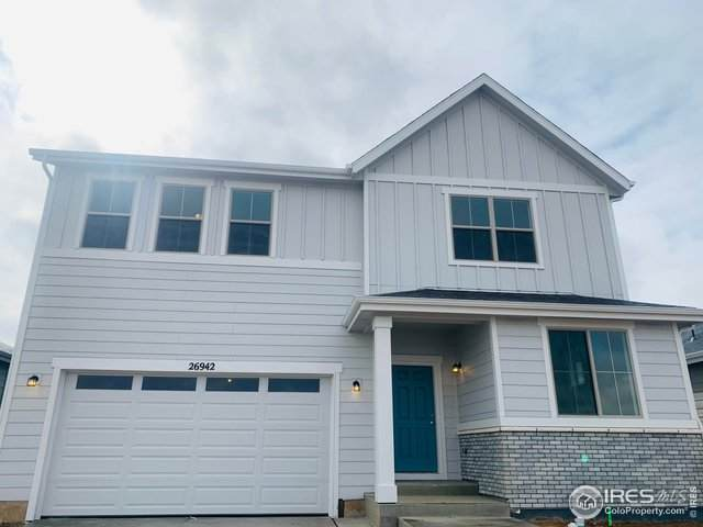 27007 E Maple Ave, Aurora, CO 80018 (#927327) :: Peak Properties Group
