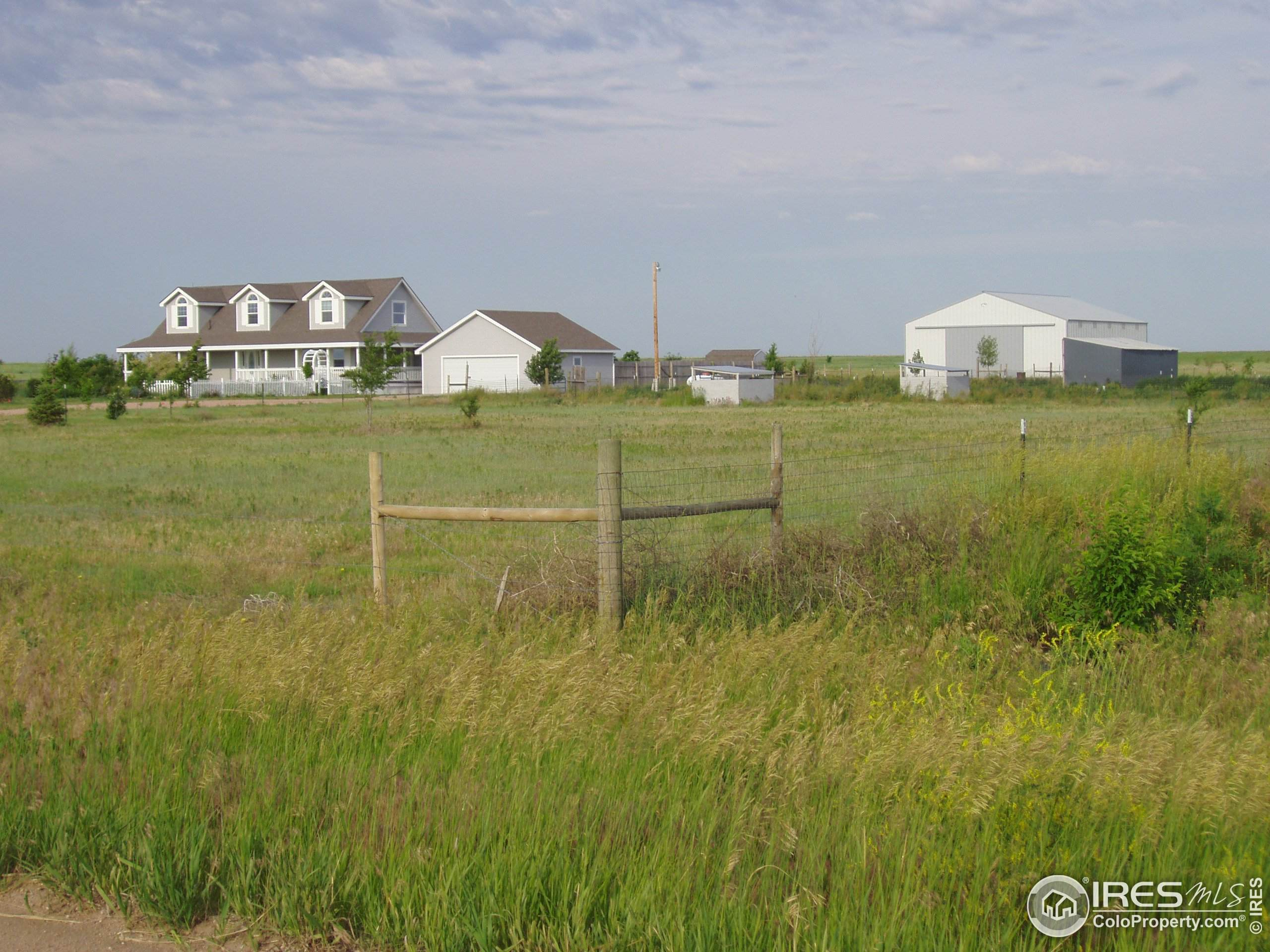 208 Painted Horse Way, Erie, CO 80516 (MLS #927723) :: Tracy's Team