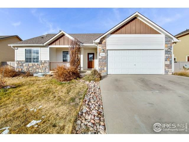 3242 Crazy Horse Dr, Wellington, CO 80549 (MLS #930910) :: Tracy's Team