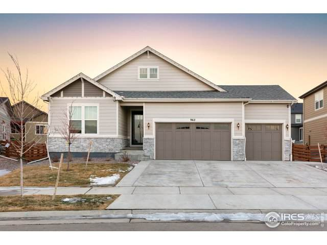 962 Twin Sisters Cir, Erie, CO 80516 (MLS #931555) :: Hub Real Estate