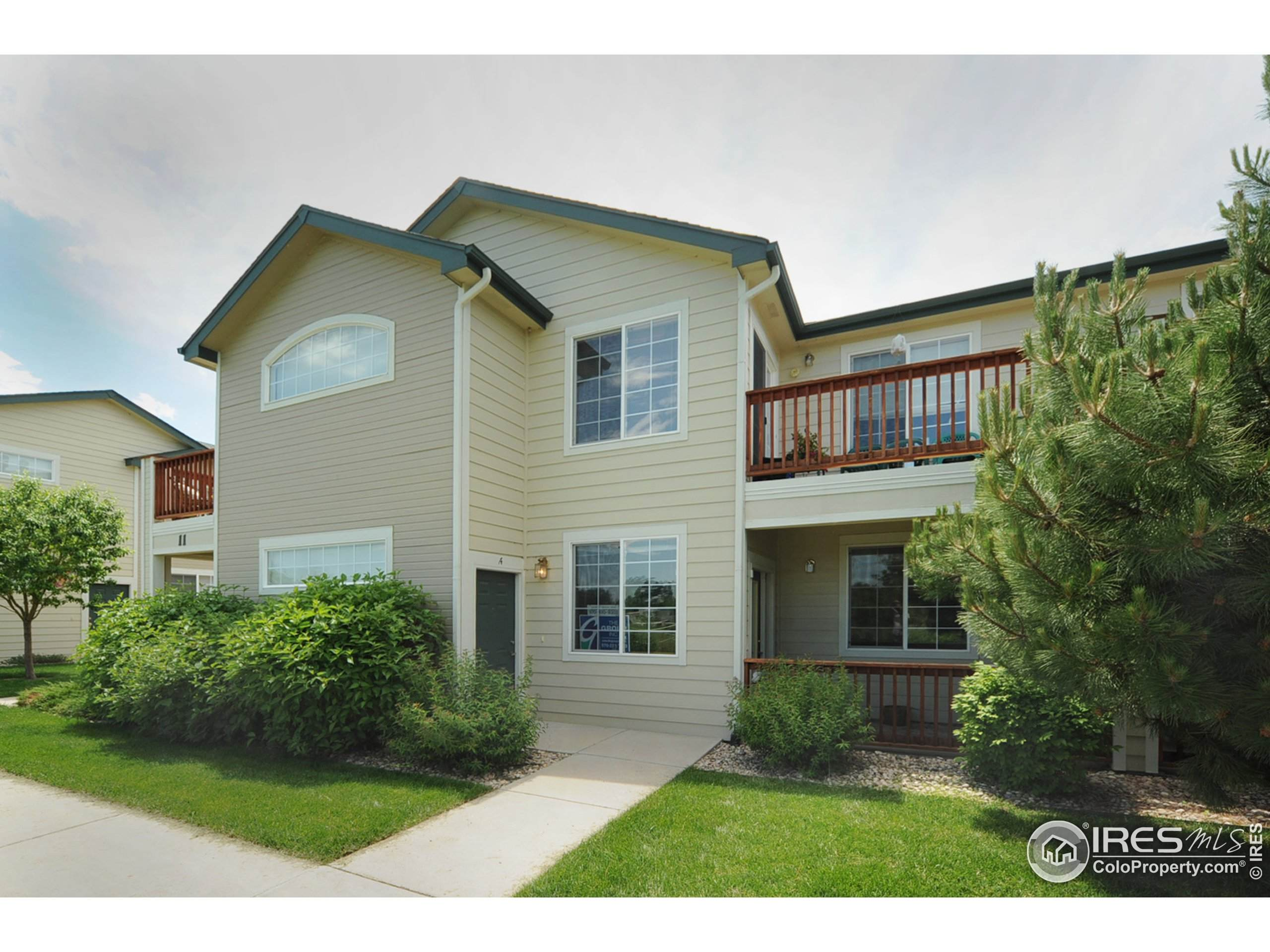 936 Driftwood Dr, Fort Collins, CO 80525 (MLS #931653) :: J2 Real Estate Group at Remax Alliance