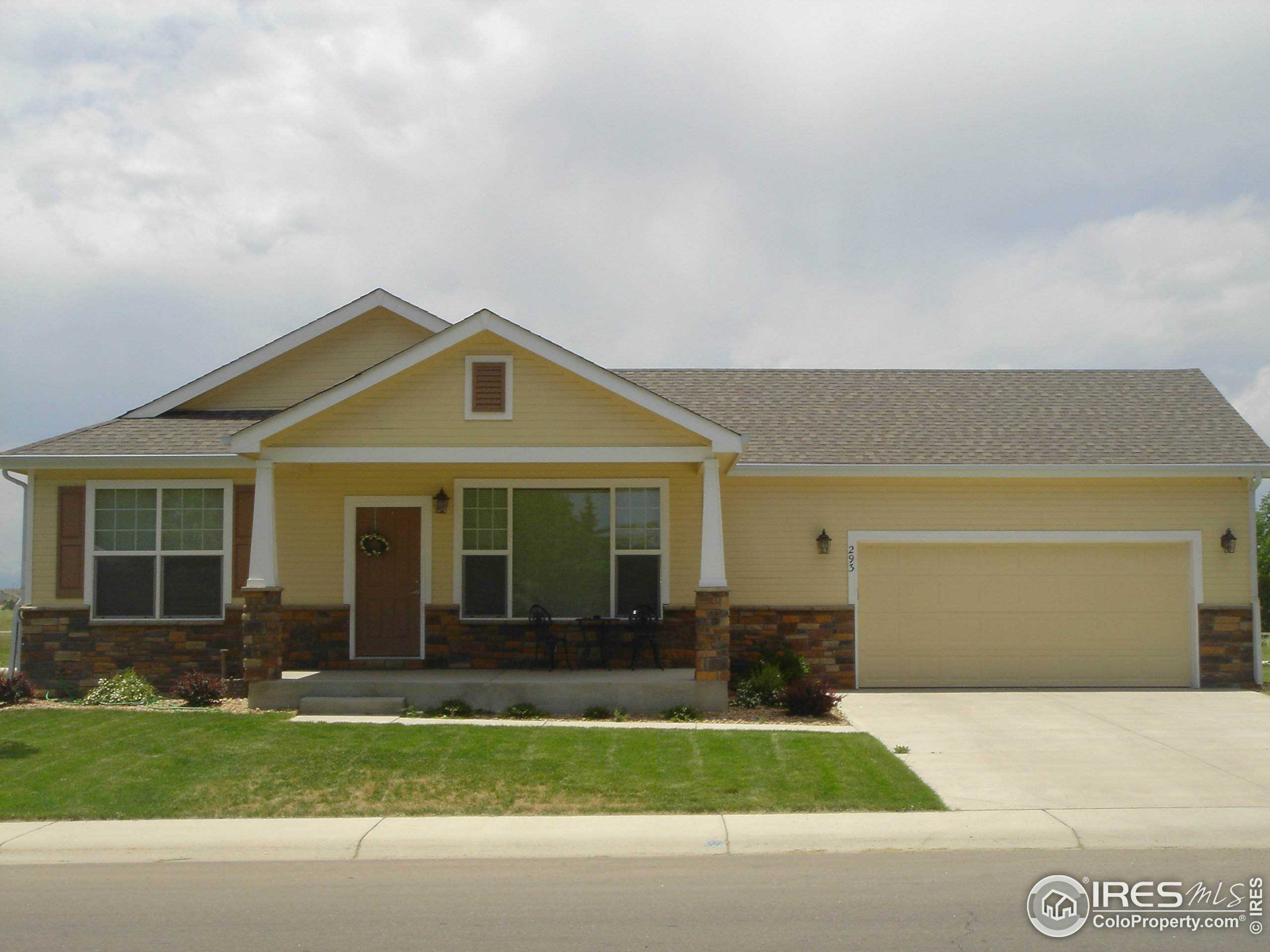 118 Wenatchee St, Lochbuie, CO 80603 (MLS #931694) :: J2 Real Estate Group at Remax Alliance
