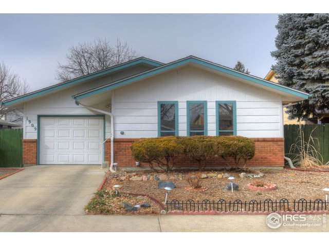 1909 Carr Dr, Longmont, CO 80501 (MLS #933175) :: J2 Real Estate Group at Remax Alliance