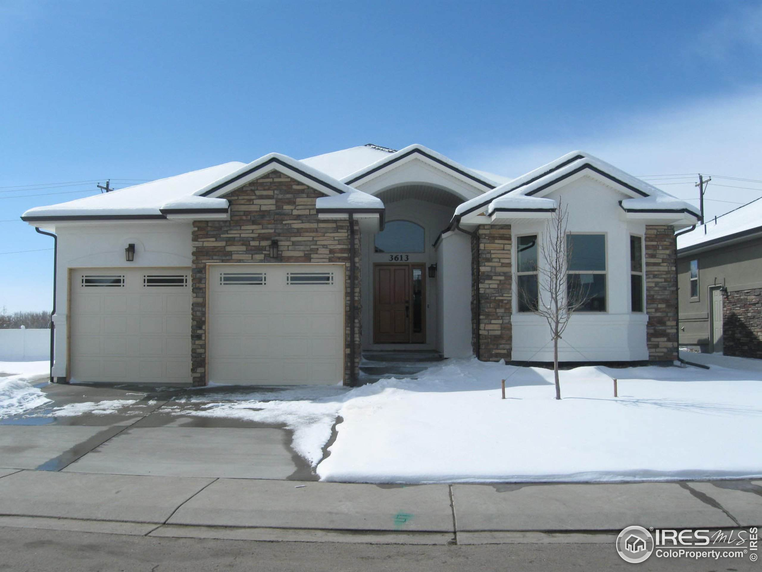 302 River View Ct, Longmont, CO 80501 (#933827) :: The Margolis Team