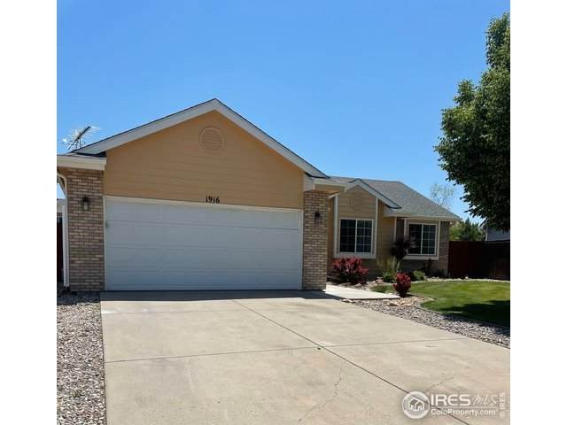 1916 Crestview Dr, Johnstown, CO 80534 (#942941) :: iHomes Colorado