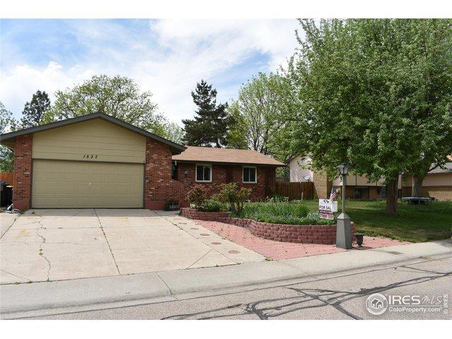 1537 Cambridge Dr, Longmont, CO 80503 (MLS #881783) :: J2 Real Estate Group at Remax Alliance