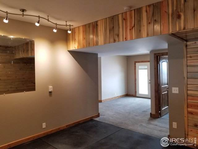 5324 W Crestview Ln, Fort Collins, CO 80526 (MLS #932395) :: The Sam Biller Home Team