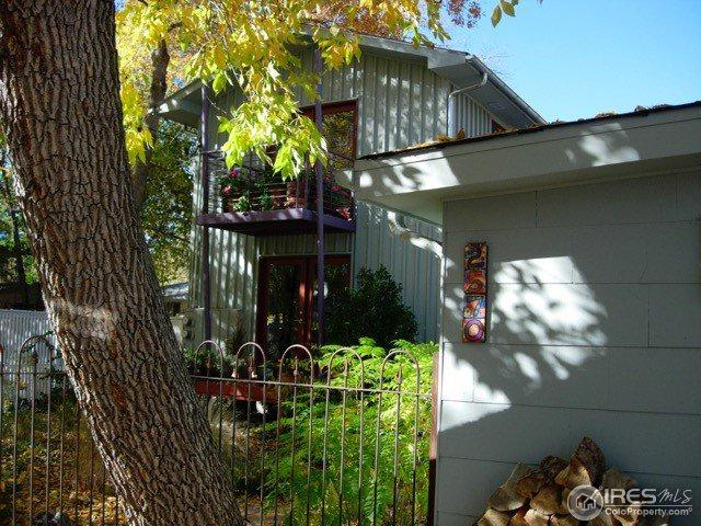 2570 Mapleton Ave, Boulder, CO 80304 (MLS #825980) :: 8z Real Estate