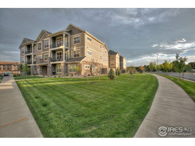 4760 Hahns Peak Dr #301, Loveland, CO 80538 (MLS #869058) :: Kittle Real Estate
