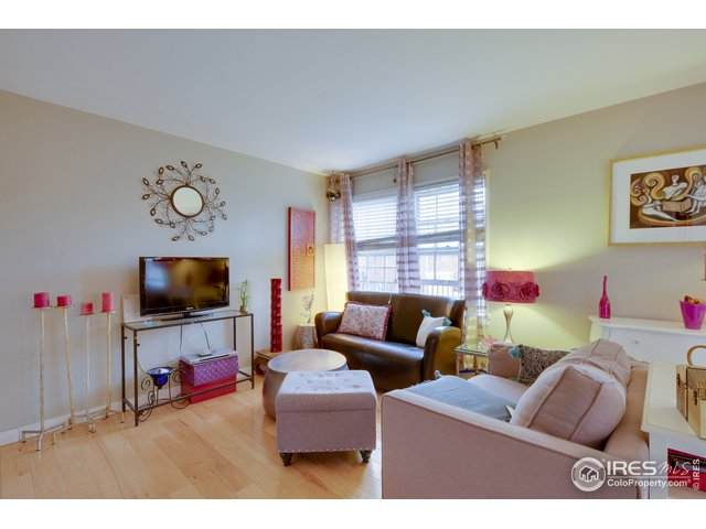 2862 Jasmine St, Denver, CO 80207 (MLS #916572) :: Wheelhouse Realty