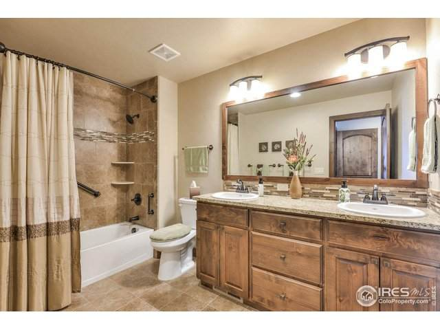1928 Sunshine Peak Dr, Loveland, CO 80538 (MLS #930286) :: 8z Real Estate