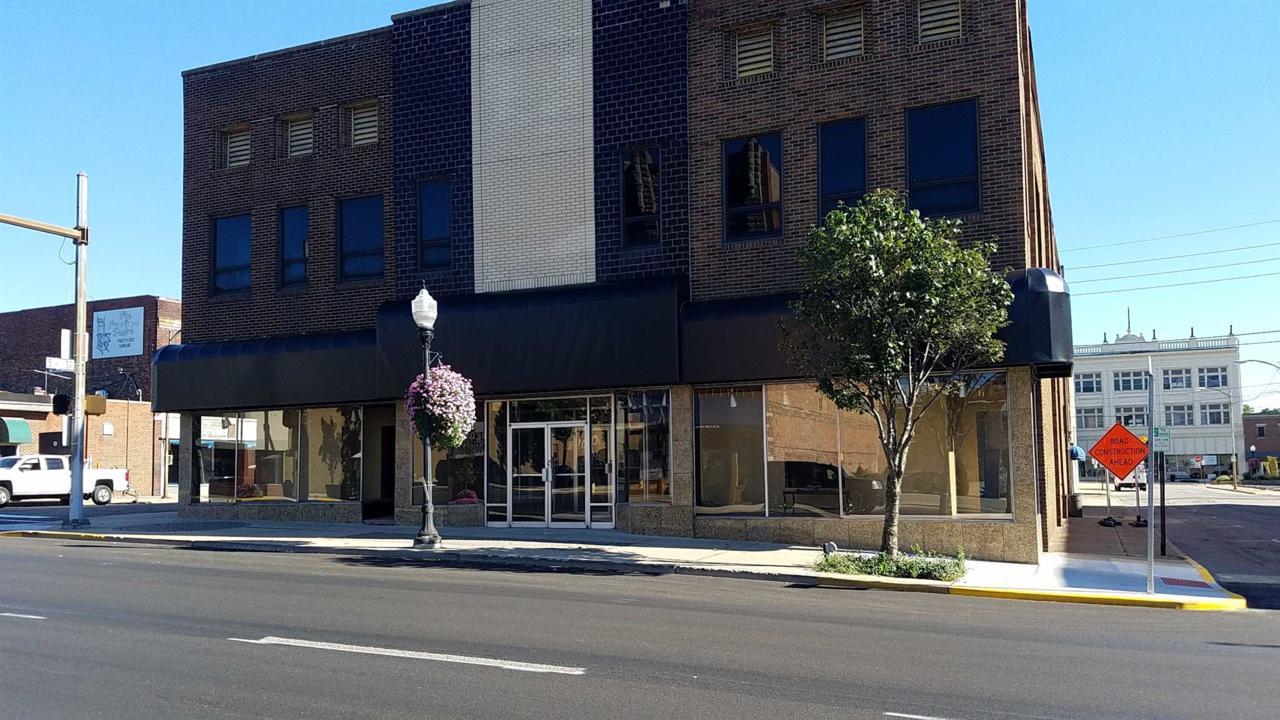 431 Broadway Street - Photo 1