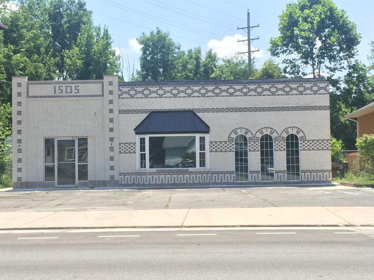 1505 Sycamore Street - Photo 1