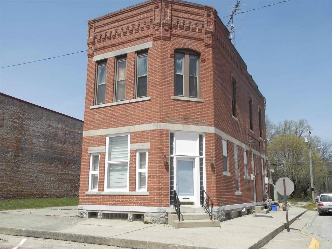 115 Smith Street - Photo 1