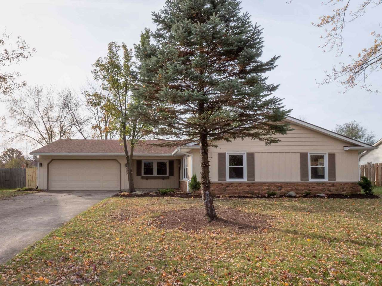 9613 Wolf River Place - Photo 1