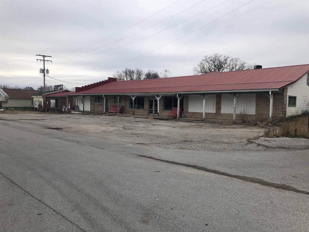 1405 Main Street - Photo 1