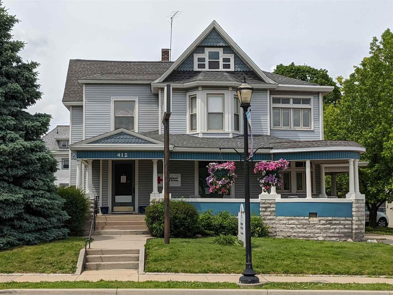 412 Sycamore Street - Photo 1