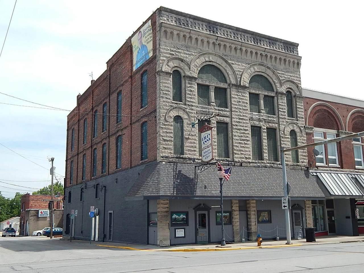 113 & 115 Main Street - Photo 1