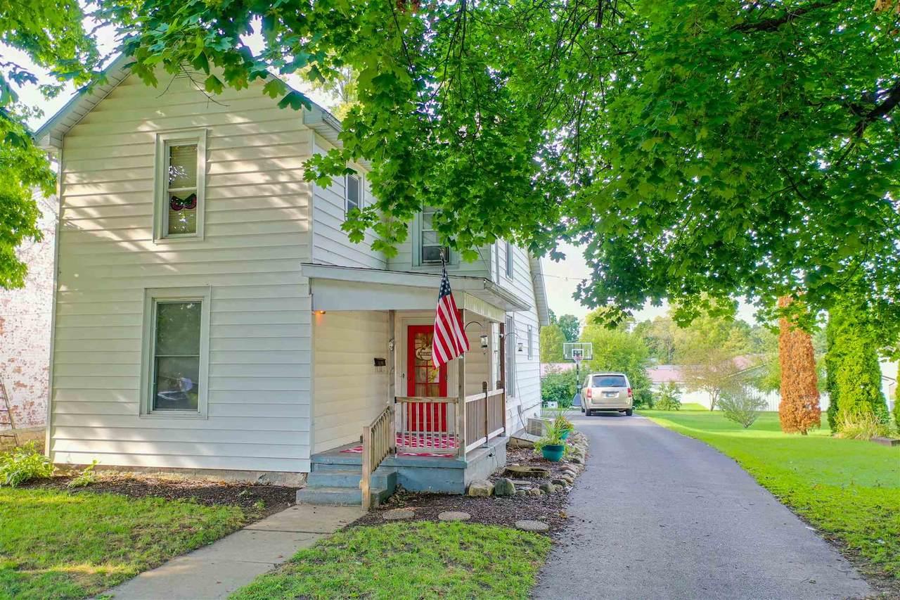 616 Pike Street - Photo 1