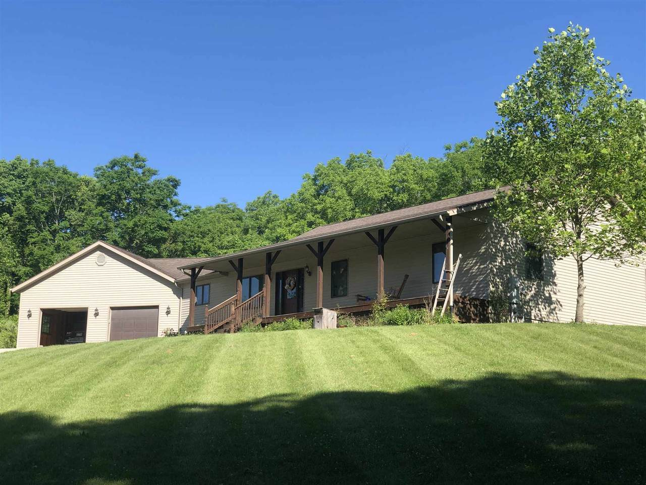 2818 State Road 524 - Photo 1