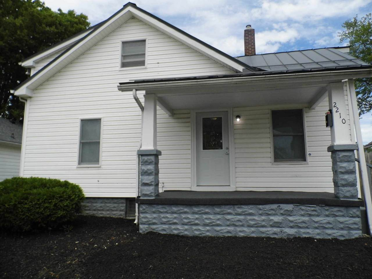 2210 Central Street - Photo 1