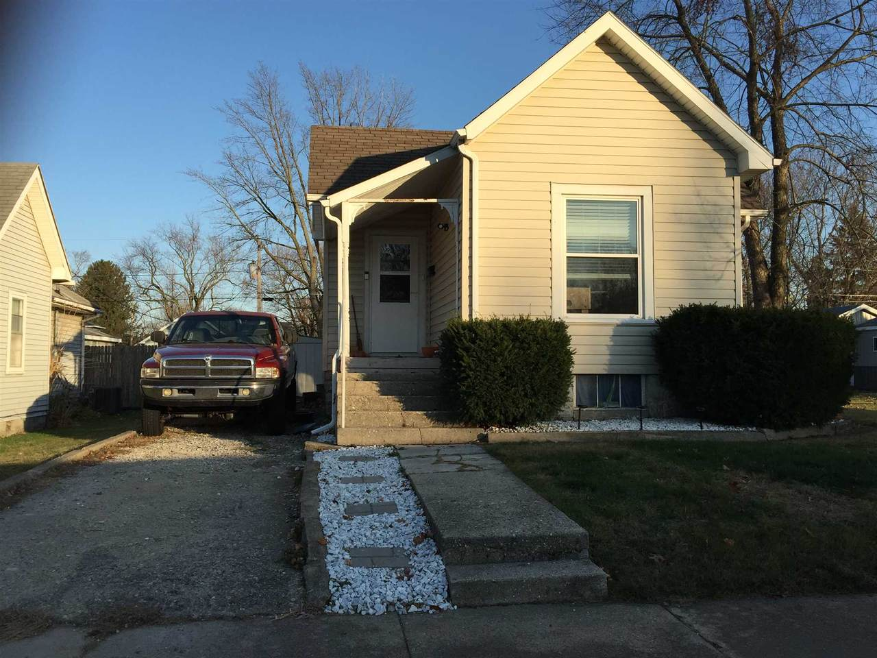 1324 Armstrong Street - Photo 1