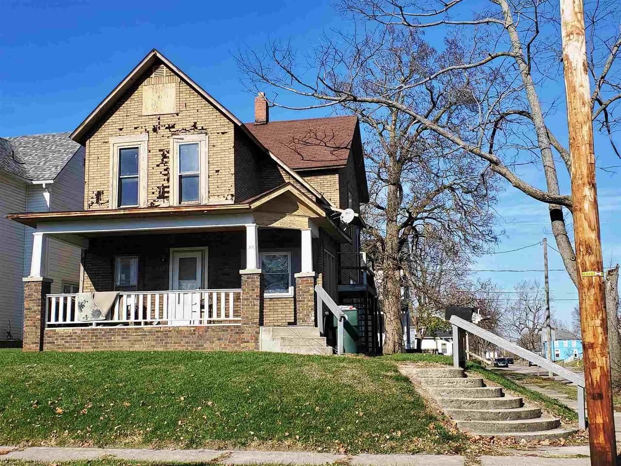 318 318 1/2 E 8th Street - Photo 1