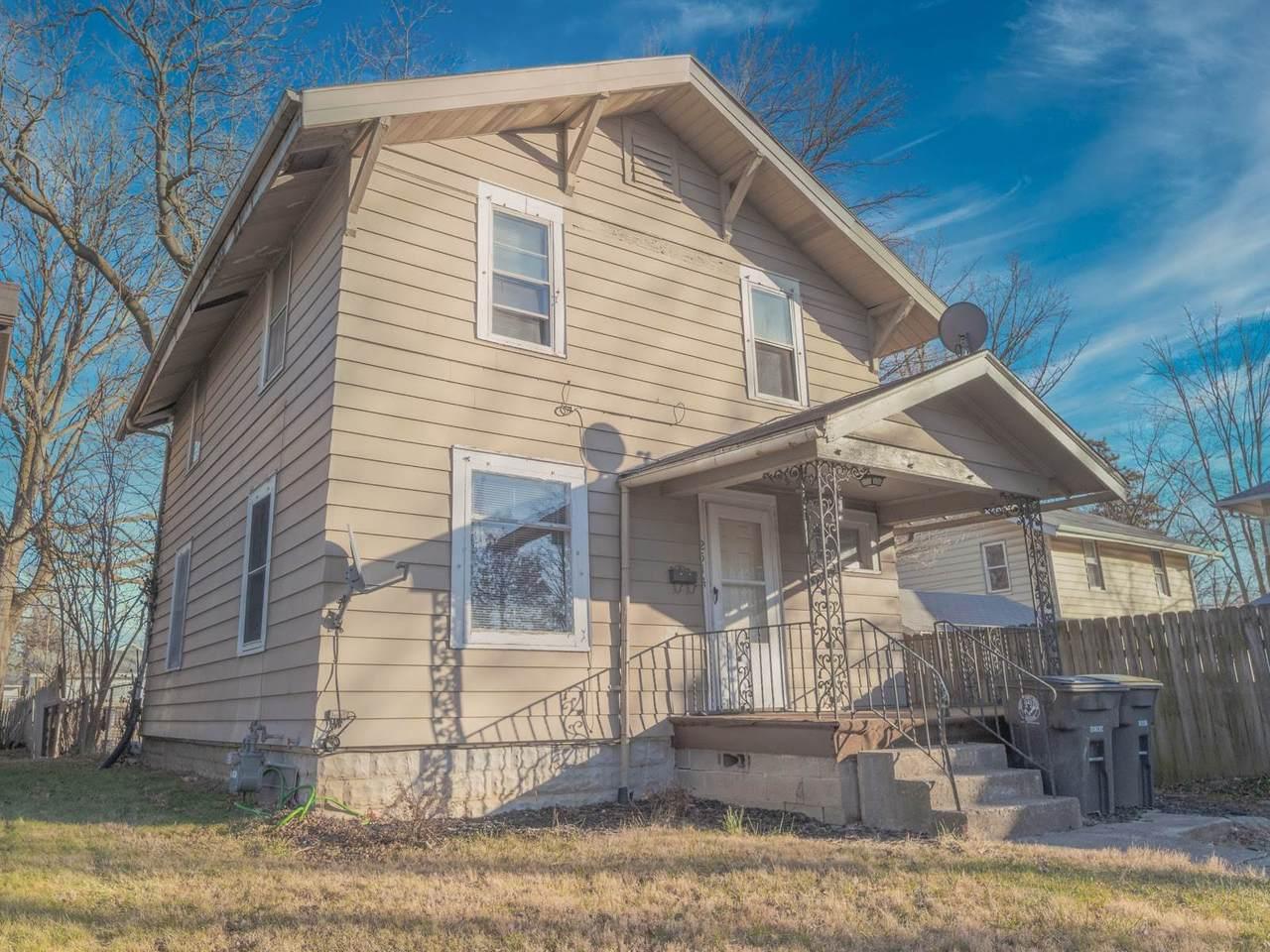 2514 Crescent Avenue - Photo 1