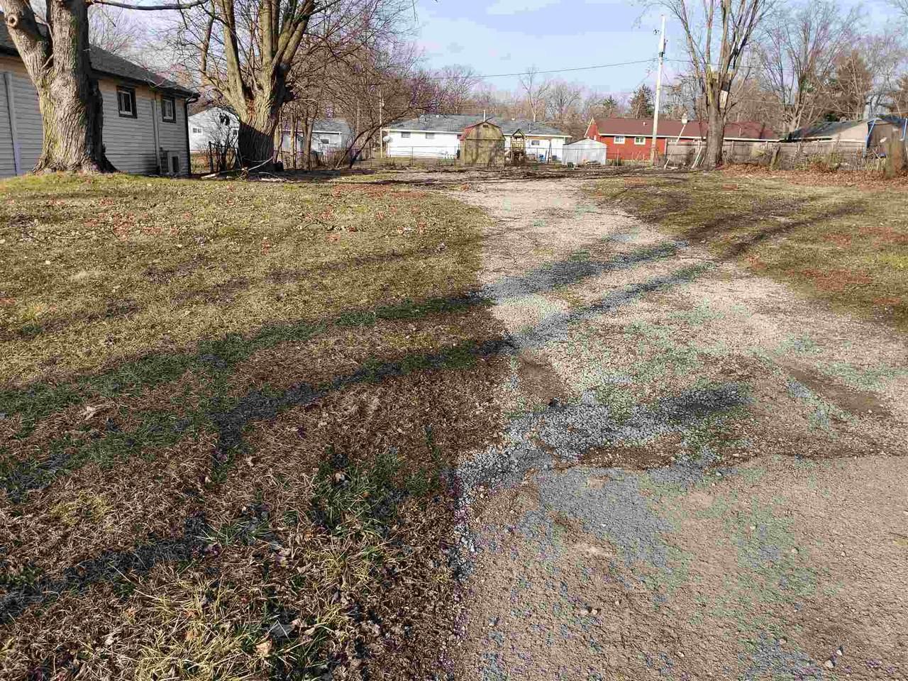 1319 Farwood Avenue - Photo 1