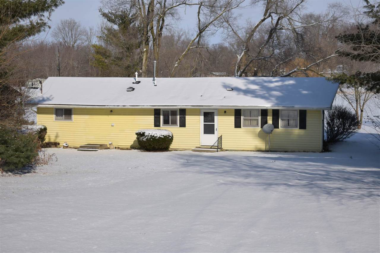 9188 Harper Lake Road - Photo 1