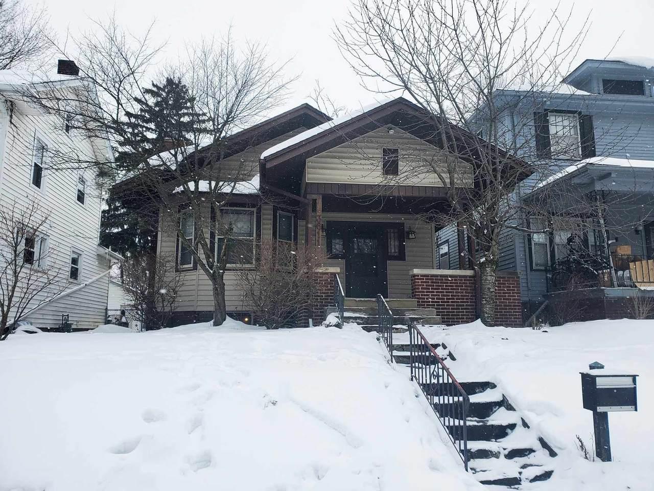 3611 Webster Street - Photo 1
