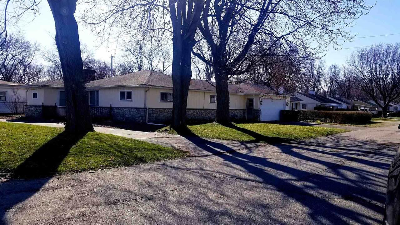 2325 Memorial Drive - Photo 1