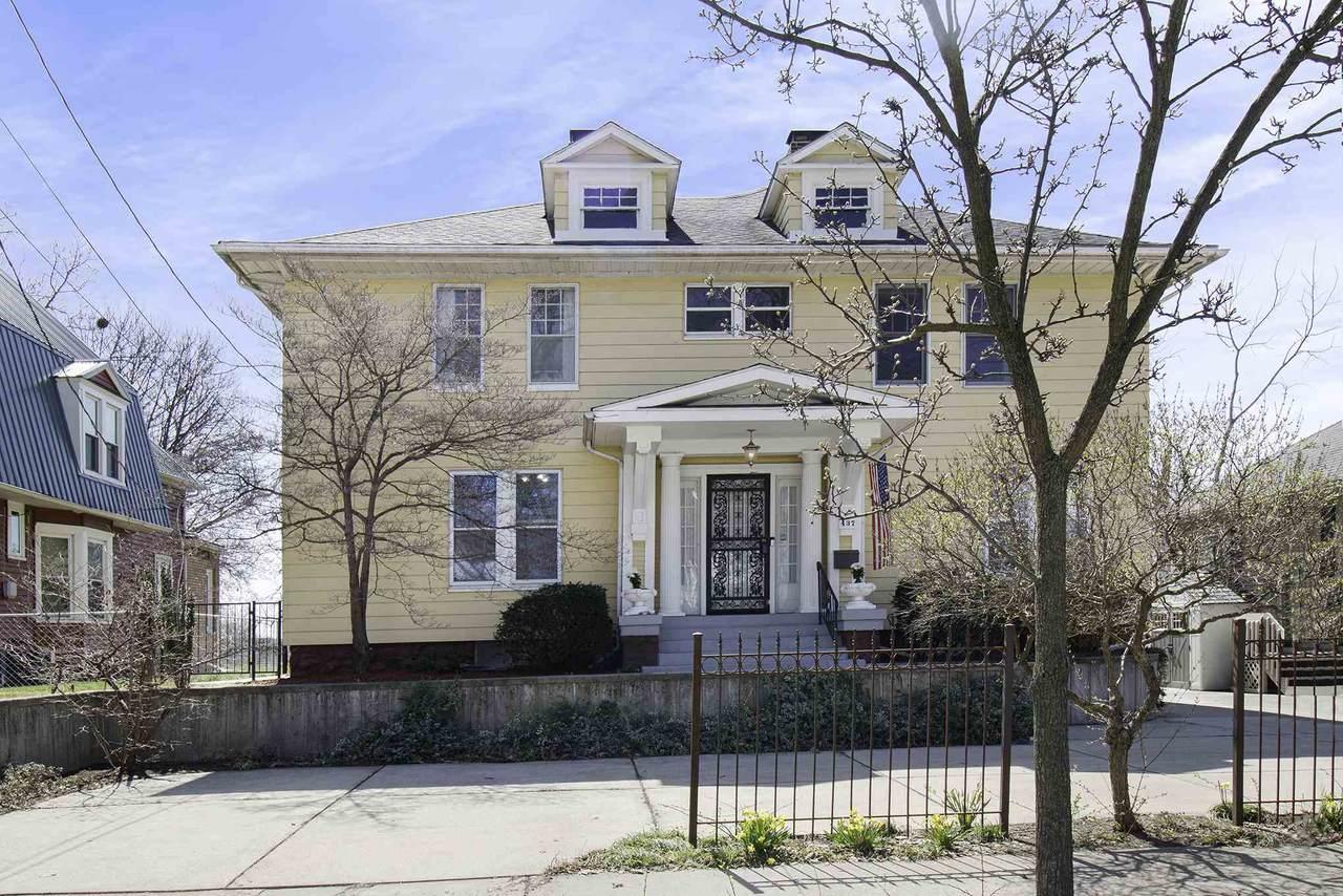 437 Beardsley Avenue - Photo 1