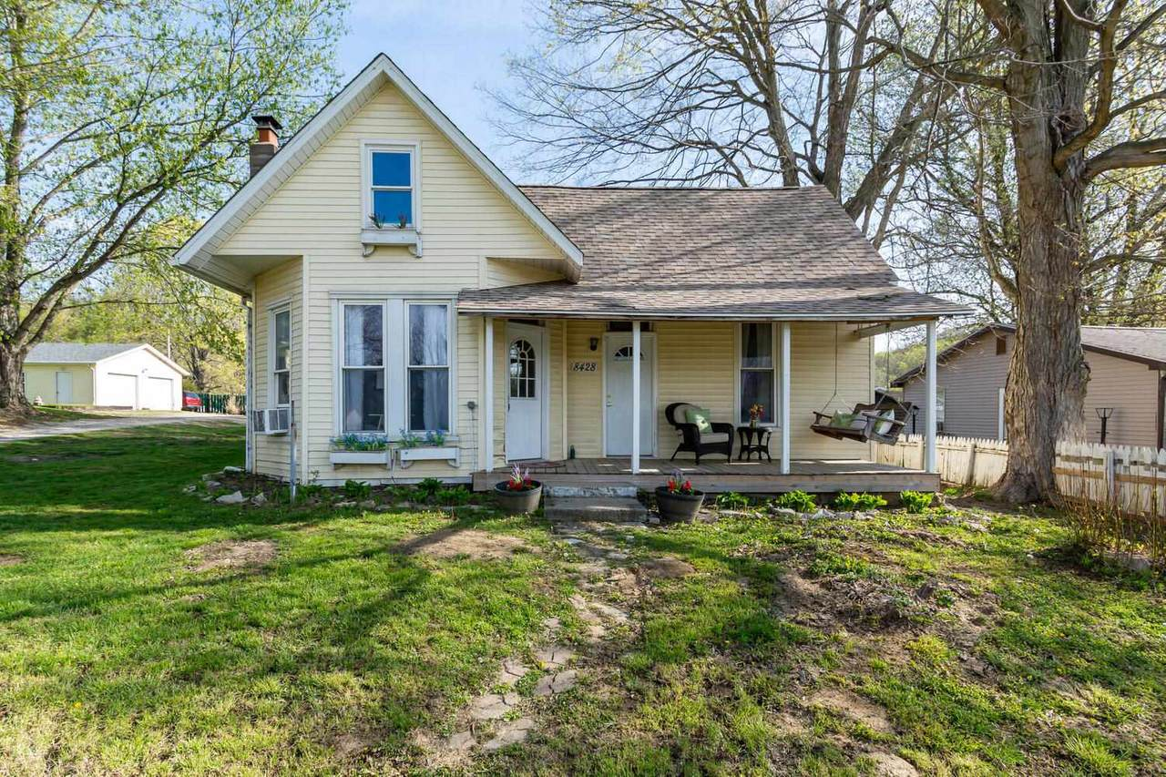 8428 State Road 43 - Photo 1