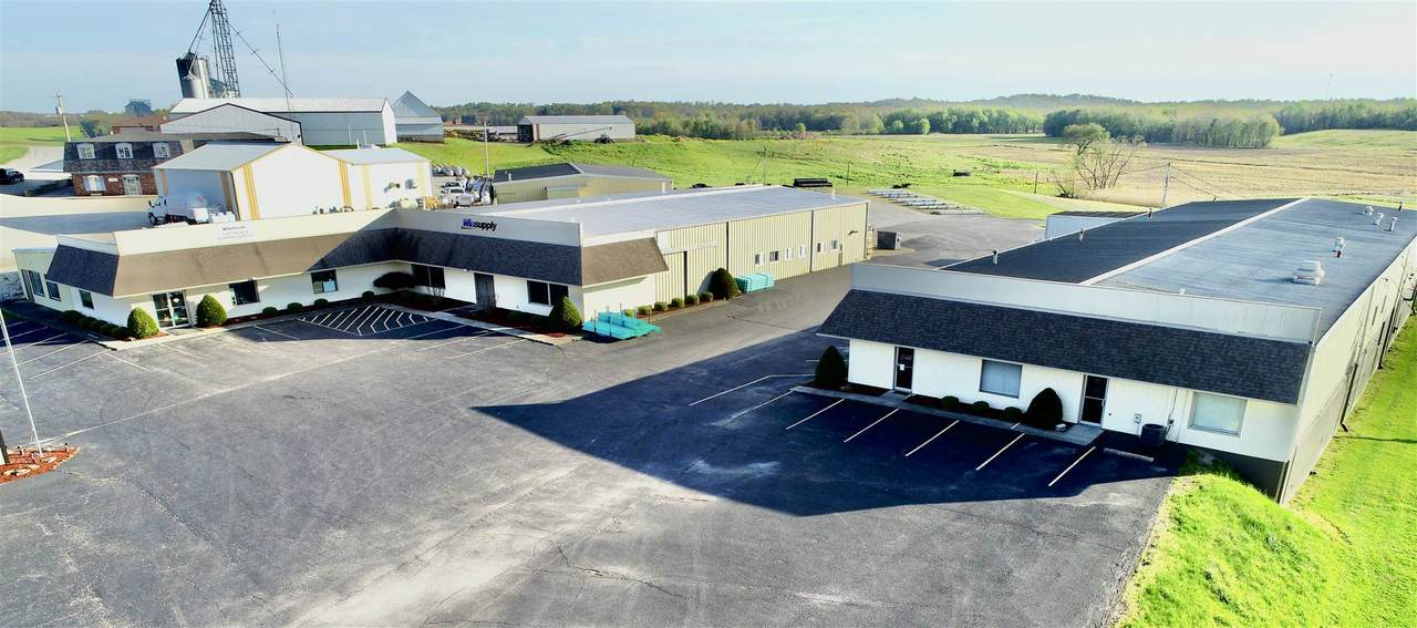 1101 State Road 162 - Photo 1
