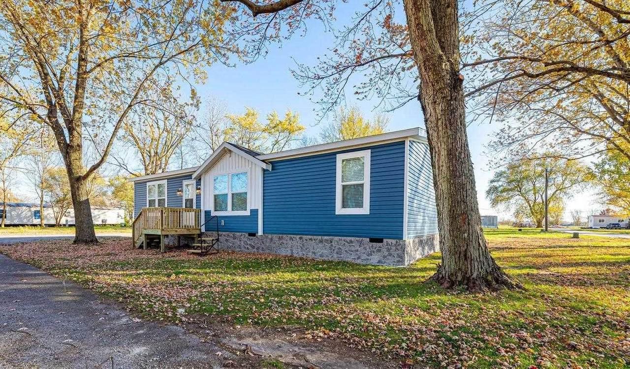 2053 Blue Oak Drive - Photo 1