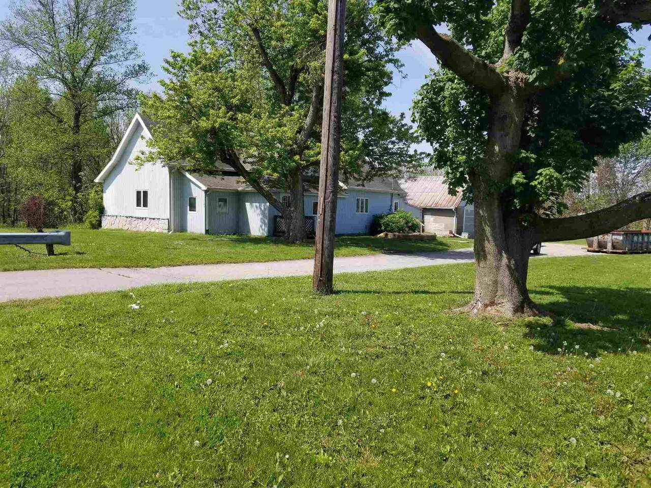 1106 State Road 29 - Photo 1