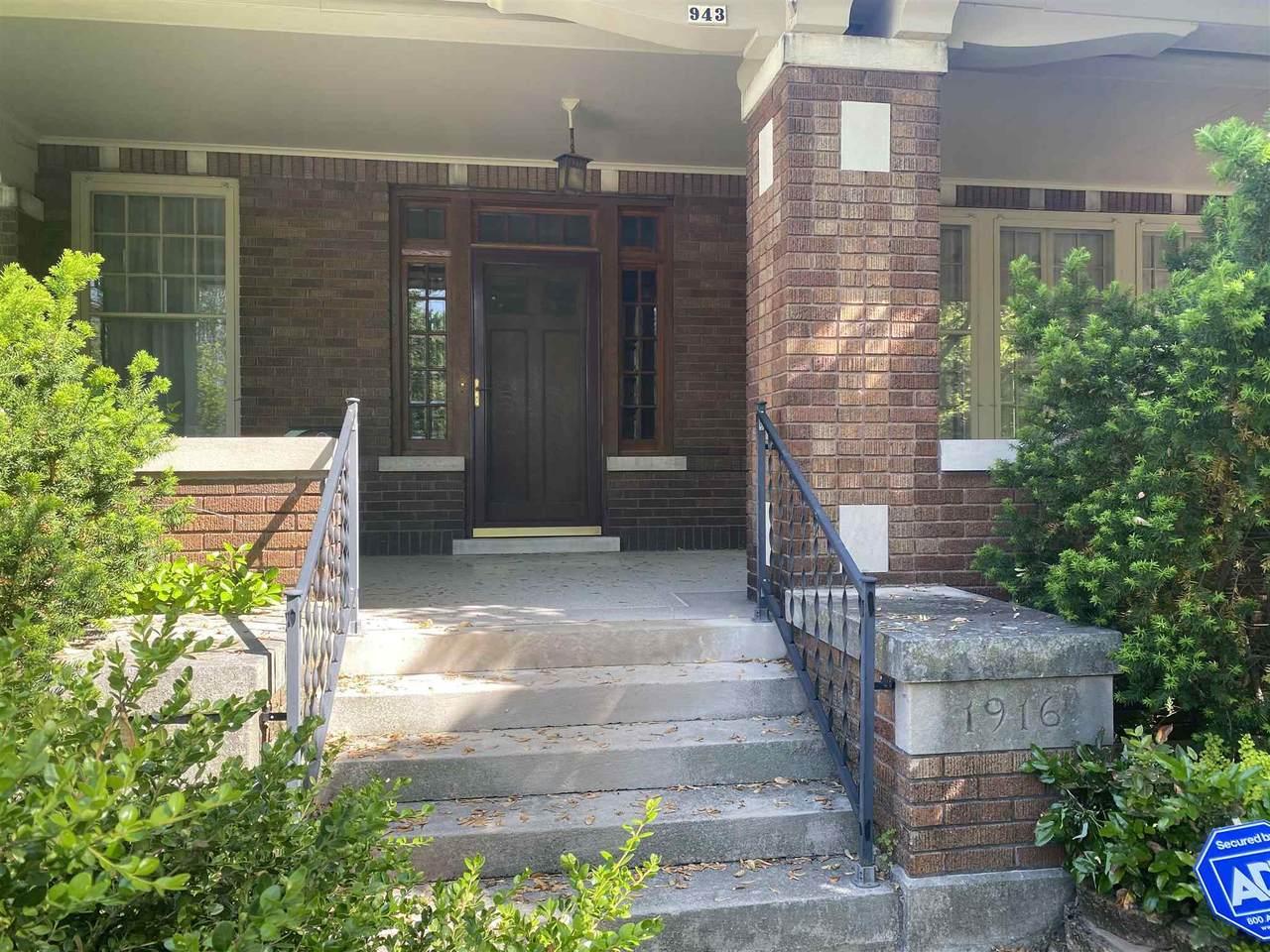943 Bell Avenue - Photo 1