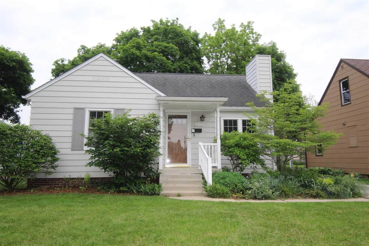 1639 Stanforth Avenue - Photo 1