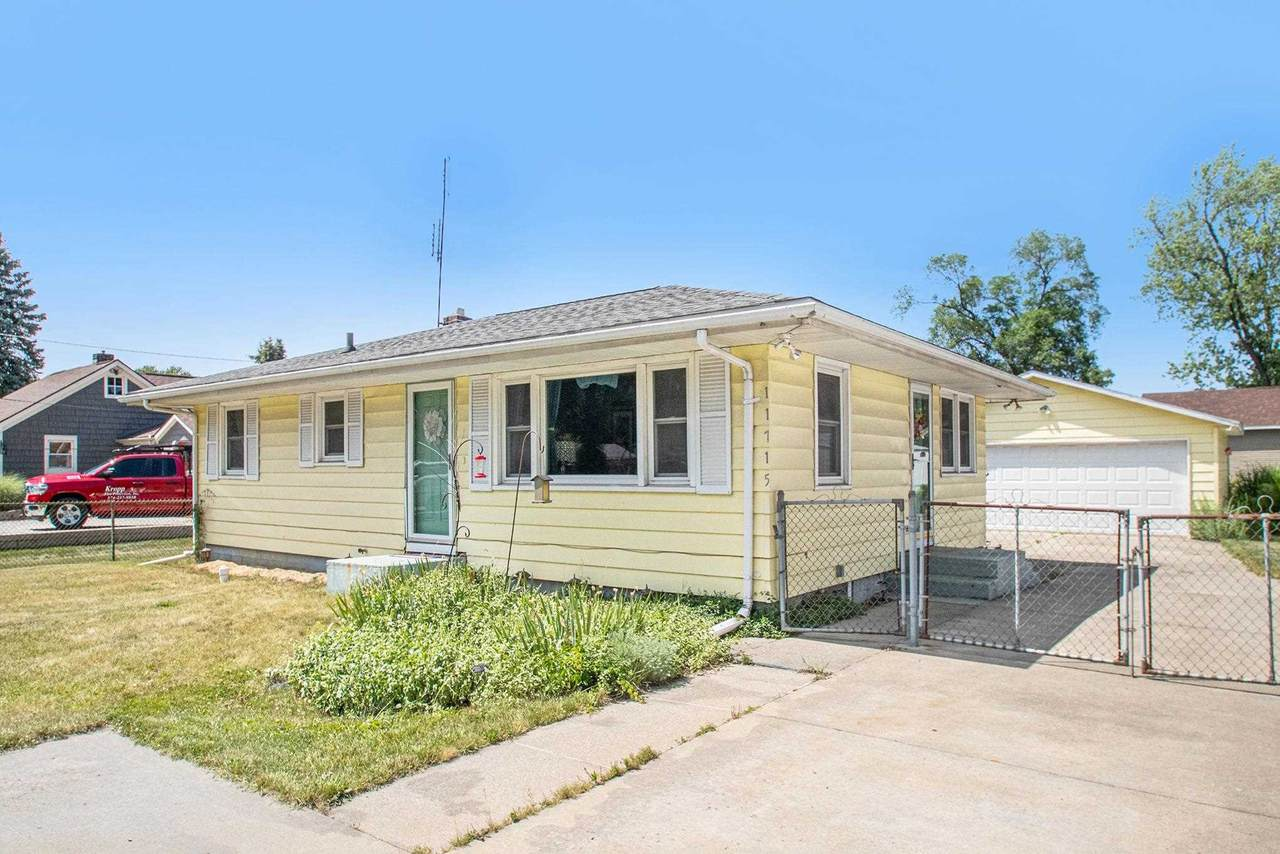 11715 Lincolnway Highway - Photo 1
