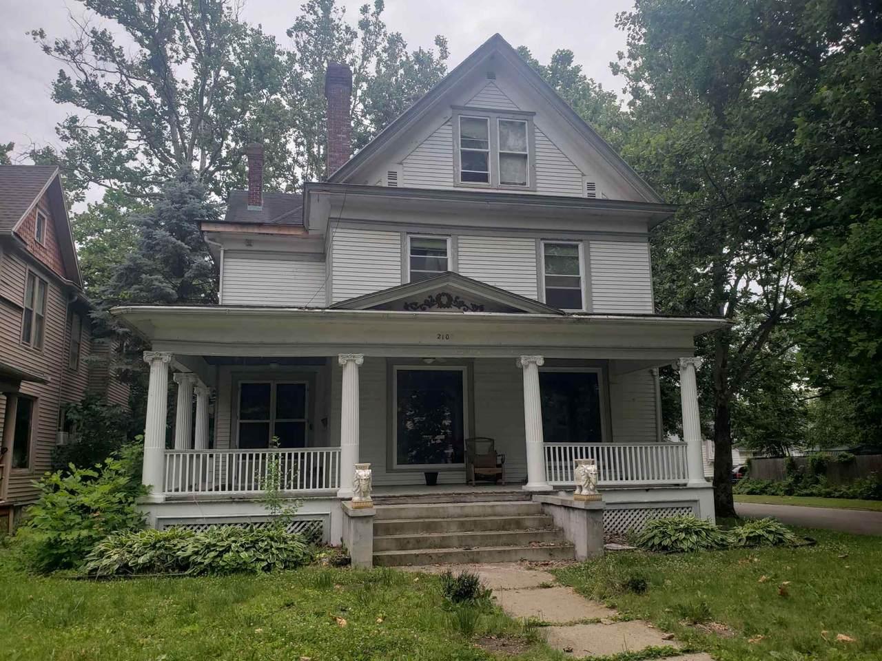 2103 North Street - Photo 1