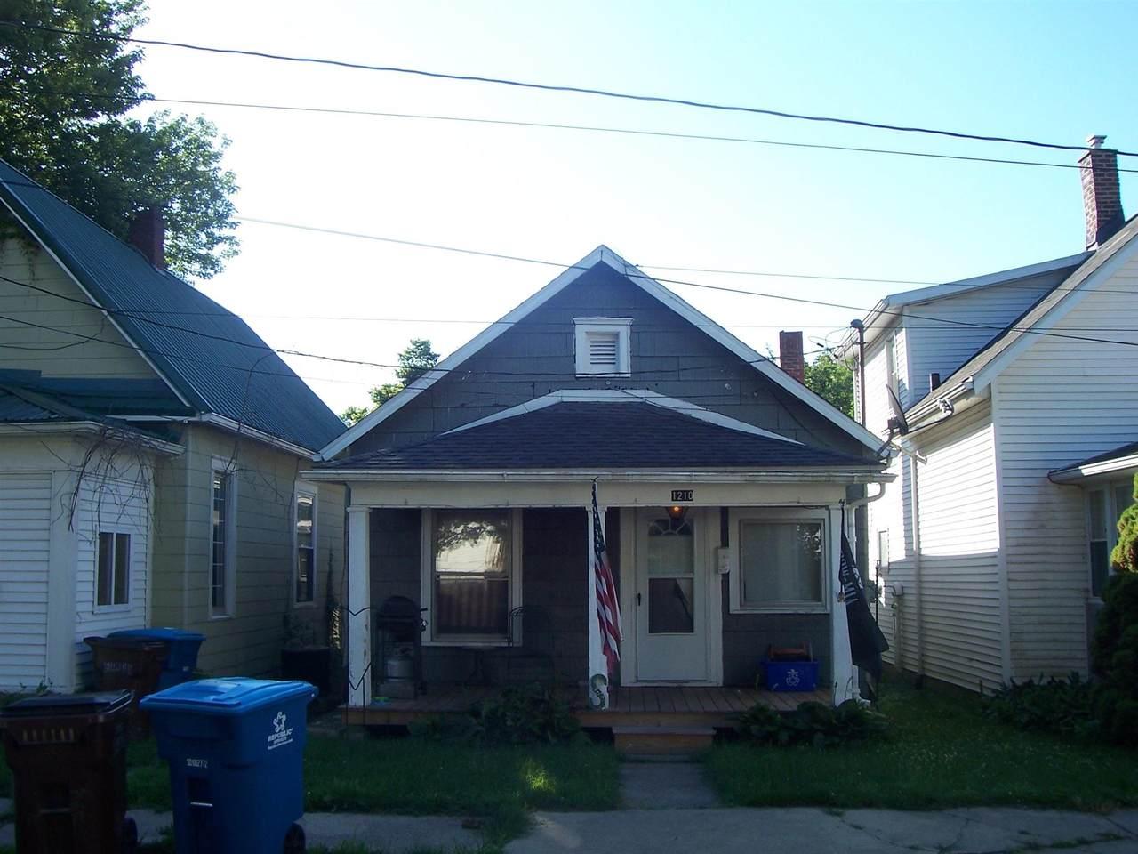 1210 Cummings Street - Photo 1