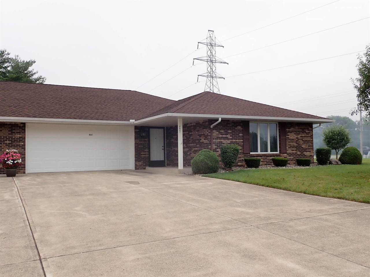 4647 Bell Drive - Photo 1