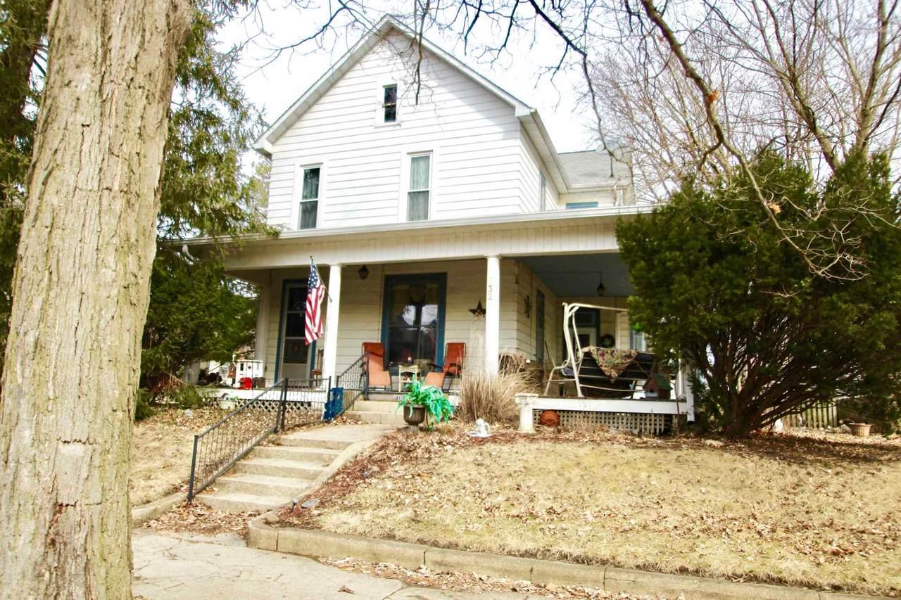 532 Walnut Street - Photo 1