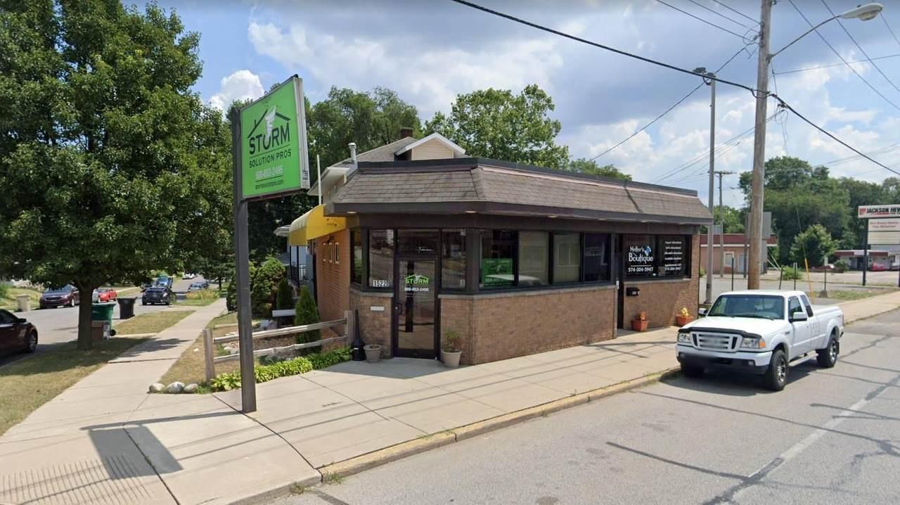 1520 Portage Avenue - Photo 1