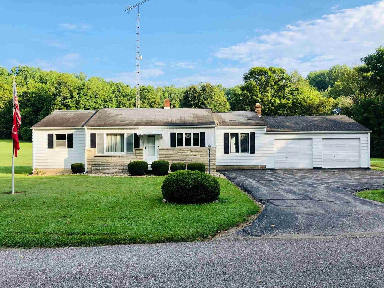 6752 Switchboard Rd - Photo 1