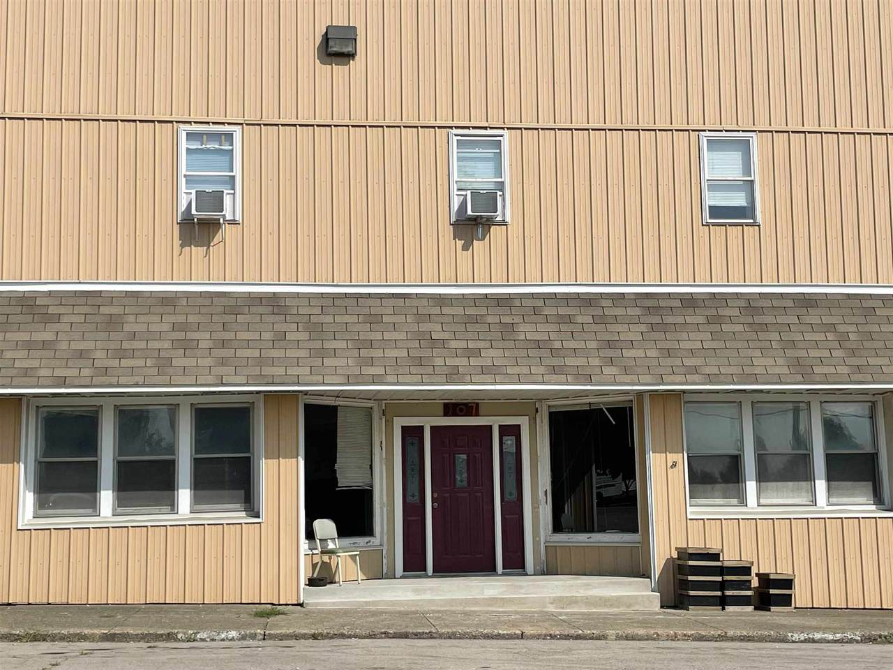 105 & 107 Oak Street - Photo 1